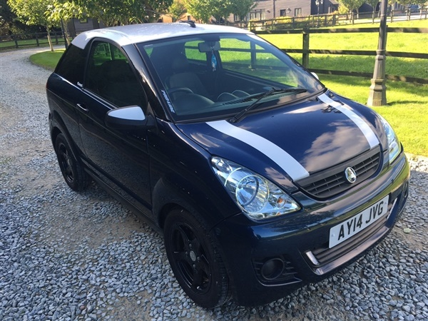 Large image for the Used Aixam 0.4 D S Coupe 3dr Diesel CVT (78 g/km, 5 bhp)