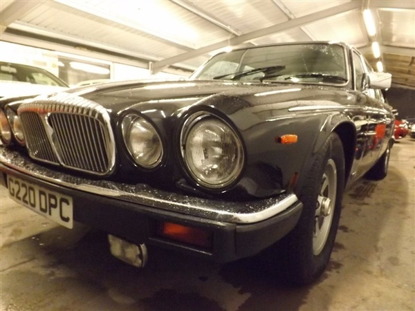 Large image for the Used Daimler Double Six