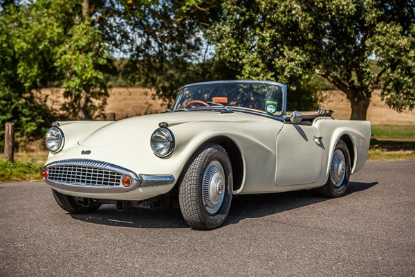 Large image for the Used Daimler Sp250