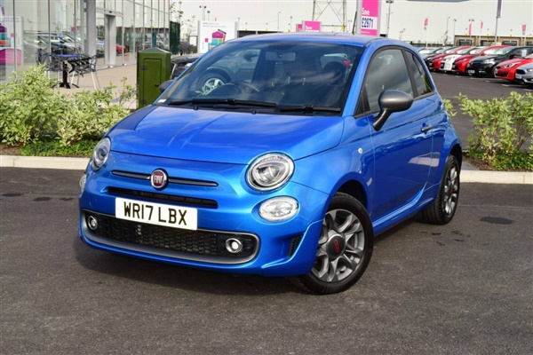 used 2017 petrol fiat 500 in metallic electronica blue. Black Bedroom Furniture Sets. Home Design Ideas