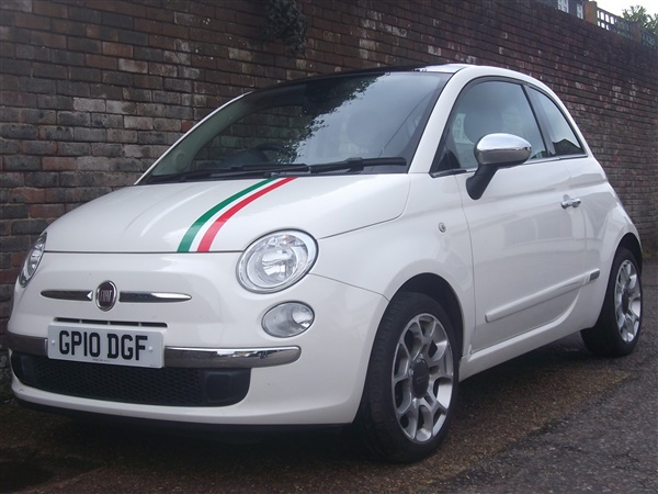 Fiat 500 - Over 500 reasons to buy one!