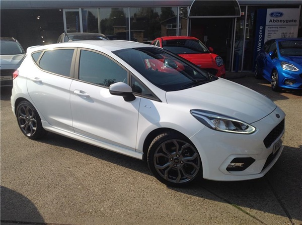 Ford Fiesta £20,192 - £29,990
