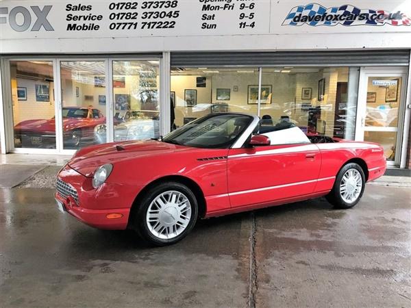Ford Thunderbird £21,325 - £25,000