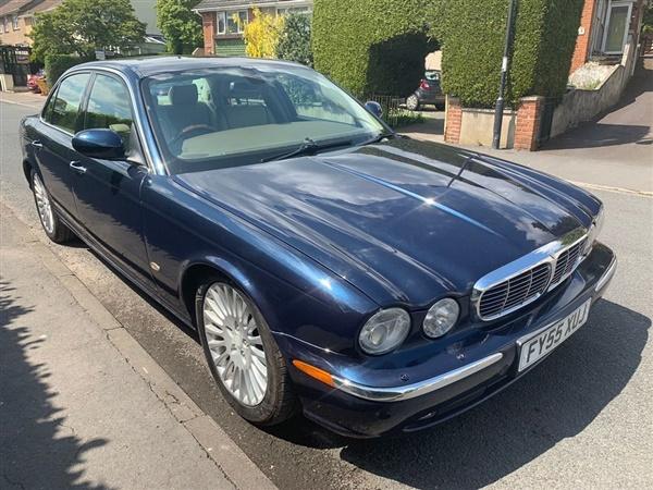 Large image for the Jaguar XJ