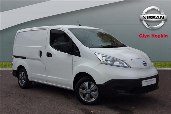 Large image for the Nissan ENV200 Electric