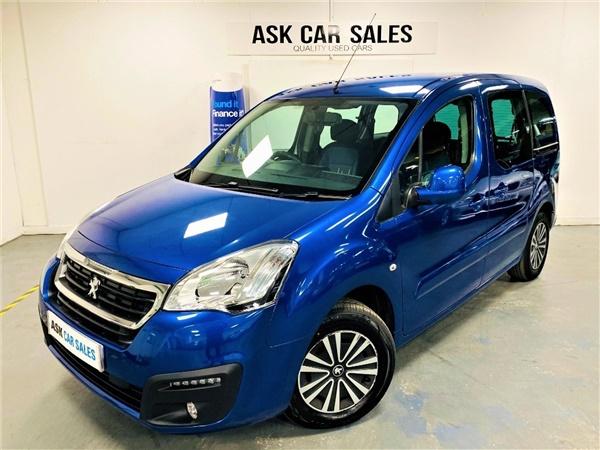 Peugeot 207 £25,369 - £38,000