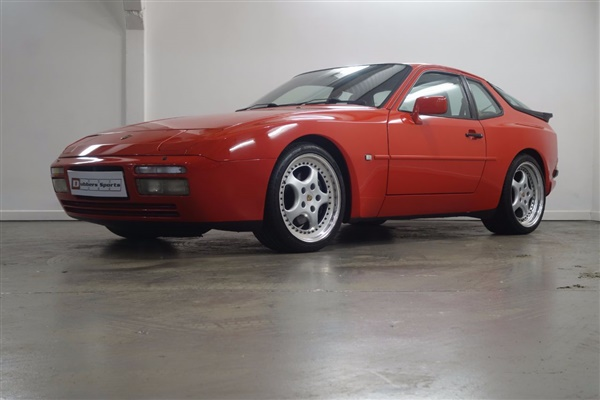 Large image for the Porsche 944