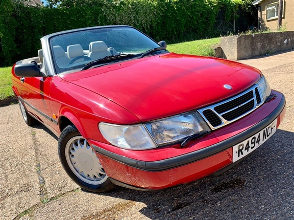 Large image for the Saab 900