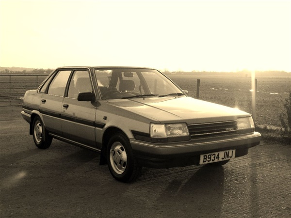 Large image for the Used Toyota CARINA