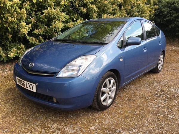 Toyota Prius, Spares or repair. Needs new battery