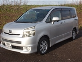 Used Toyota Voxy